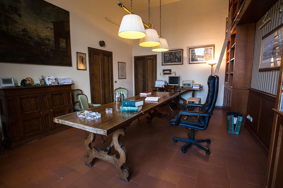 studio-legale-stanghellini-pistoia-interni-palazzo-baly